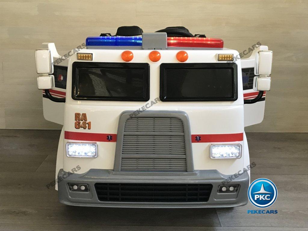 Ambulancia electrica para niños 2 plazas vista frontal