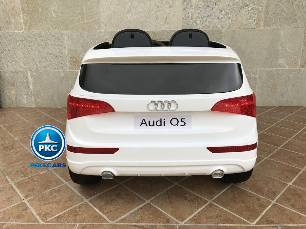 Coche electrico infantil Audi Q5 12V Blanco vista trasera