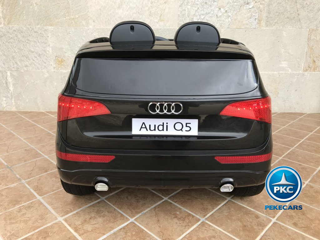 Coche electrico infantil Audi Q5 12V Negro metalizado vista trasera