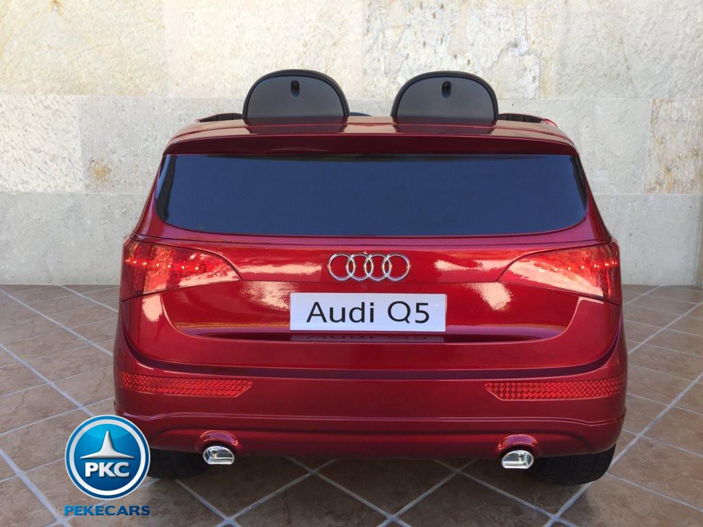 Coche electrico infantil Audi Q5 12V Rojo metalizado vista trasera