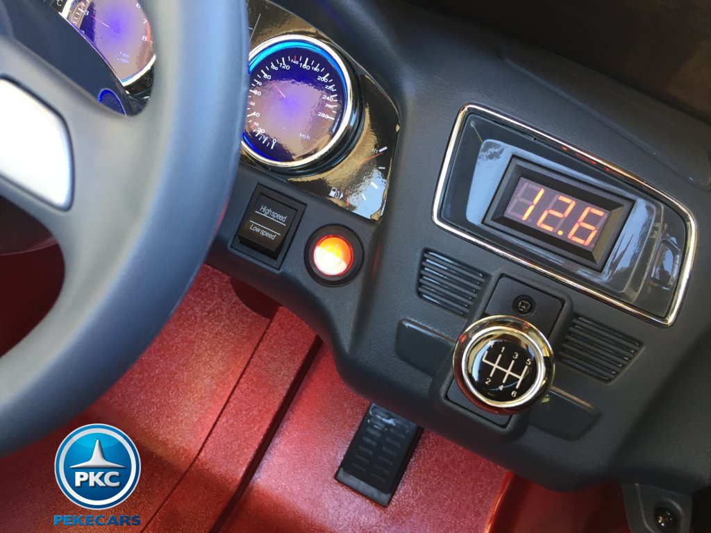 Coche electrico infantil Audi Q5 12V Rojo metalizado salpicadero