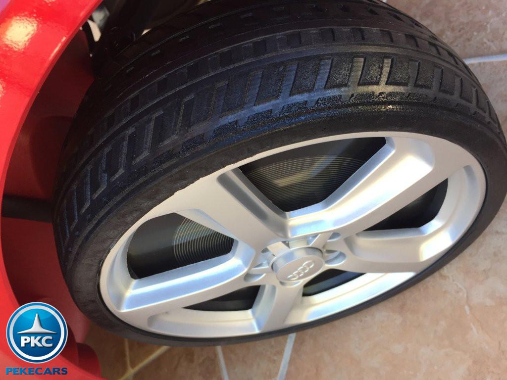 Coche electrico infantil Audi Q5 12V Rojo metalizado con ruedas de caucho antipinchazos