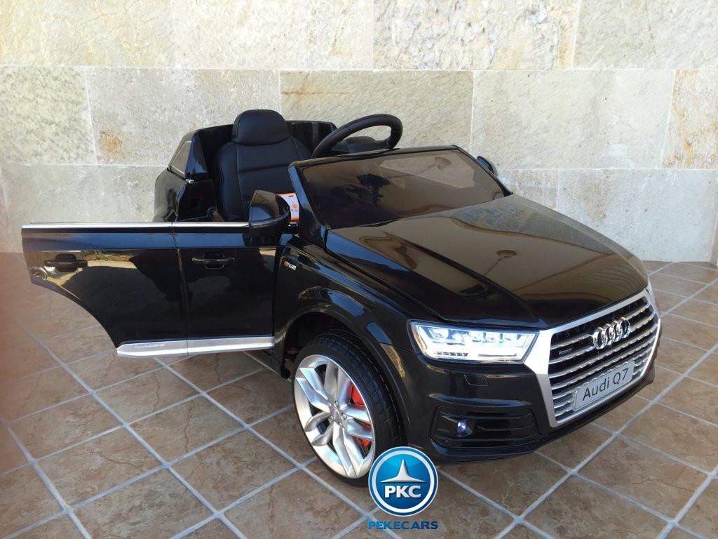 Coche electrico para niños Audi Q7 Facelift Negro con apertura de puertas