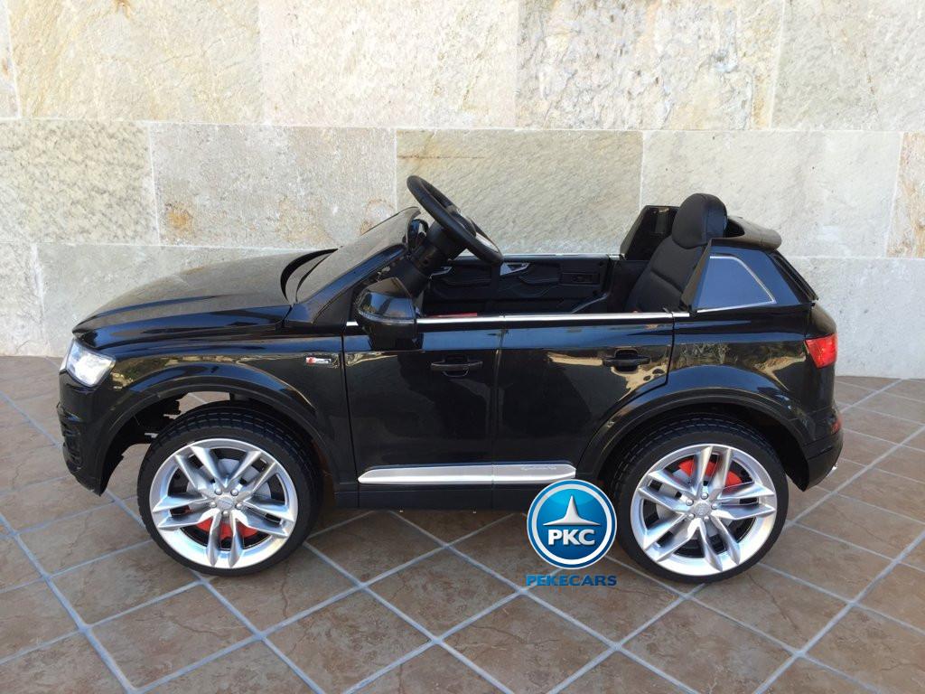 Coche electrico para niños Audi Q7 Facelift Negro vista de lado