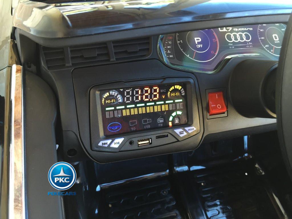 Coche electrico para niños Audi Q7 Facelift Negro con salpicadero iluminado