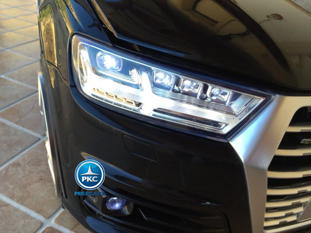 Coche electrico infantil Audi Q7 Facelift Negro luces led delanteras