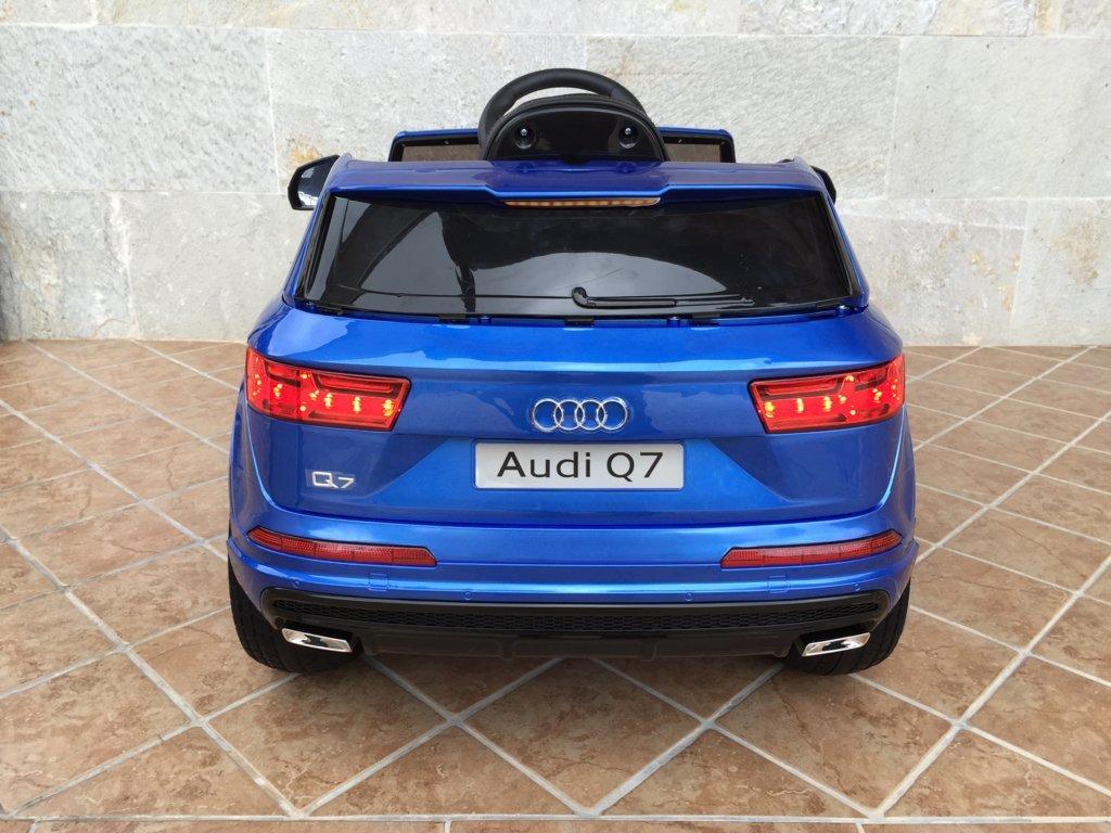 Coche electrico infantil Audi Q7 Facelift Azul Metalizado vista trasera