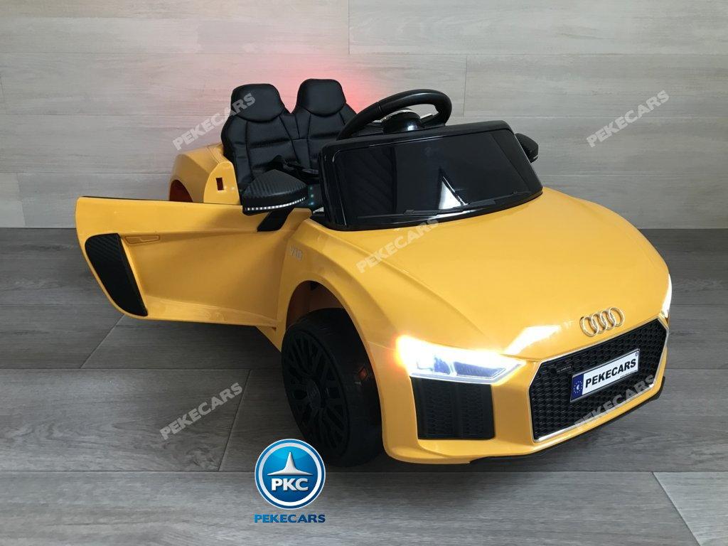 Coche electrico para niños Audi Little R8 Spyder Amarillo puertas abiertas