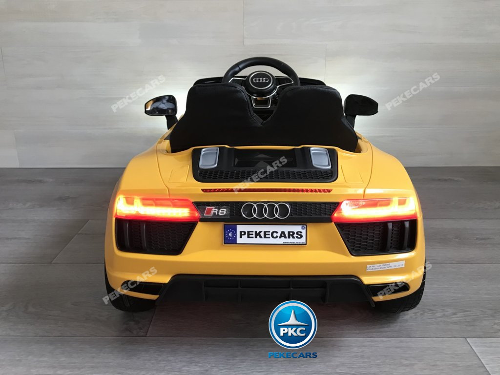Coche electrico para niños Audi Little R8 Spyder Amarillo vista trasera