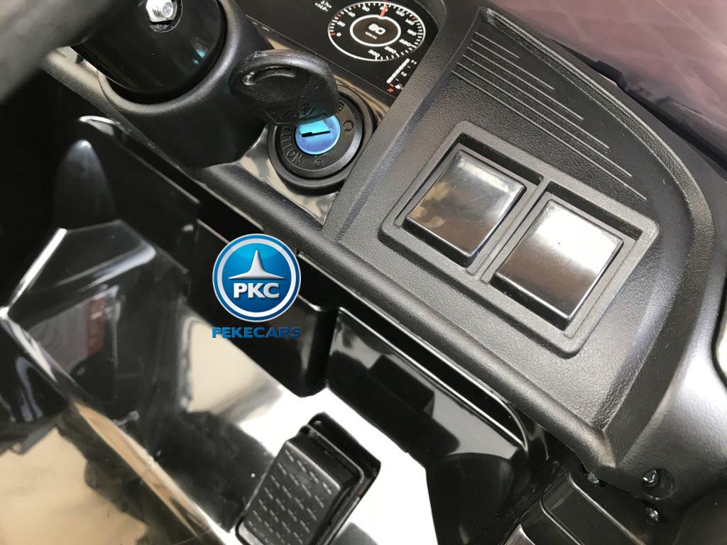 Coche electrico para niños Audi Little R8 Spyder Negro con llave de arranque