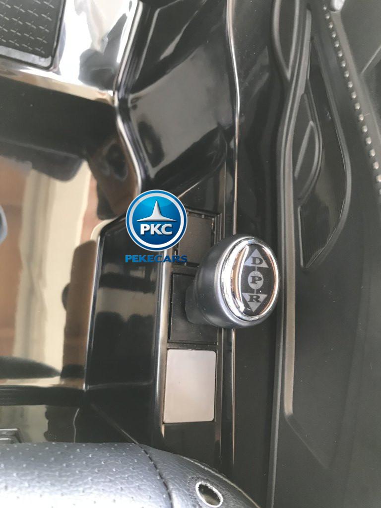 Coche electrico infantil Audi Little R8 Spyder Negro con palanca de cambio de marchas