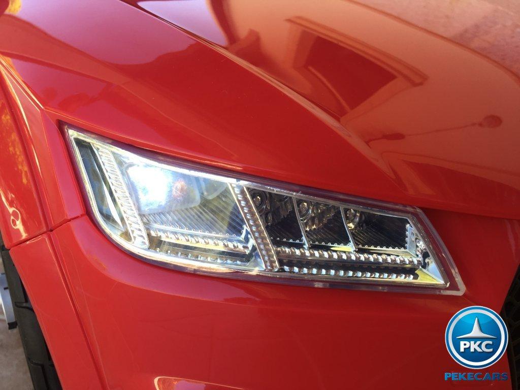 Coche electrico para niños Audi TT Rojo con luces frontales