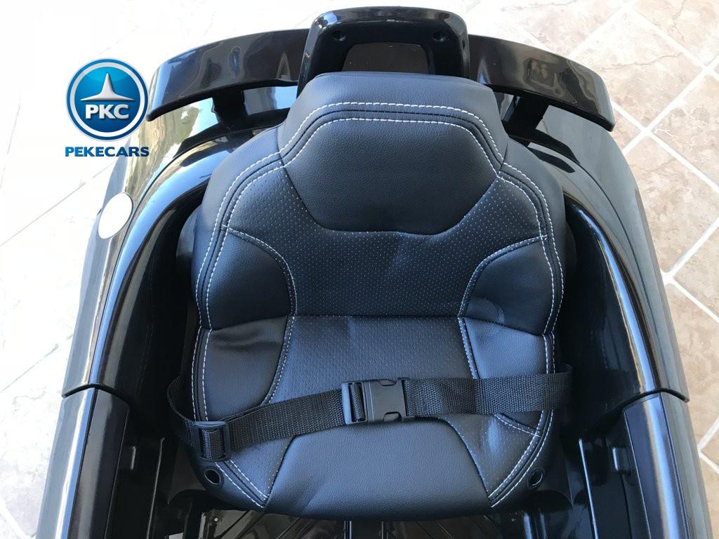 Coche electrico para niños Audi TT Negro asiento acolchado en piel