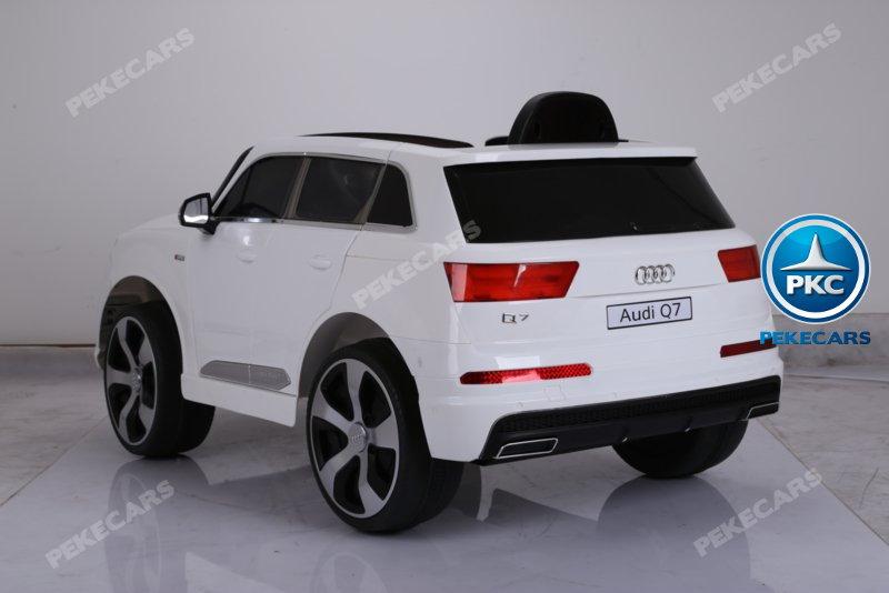 Coche electrico infantil Audi Q7 S-Line Blanco con luces traseras