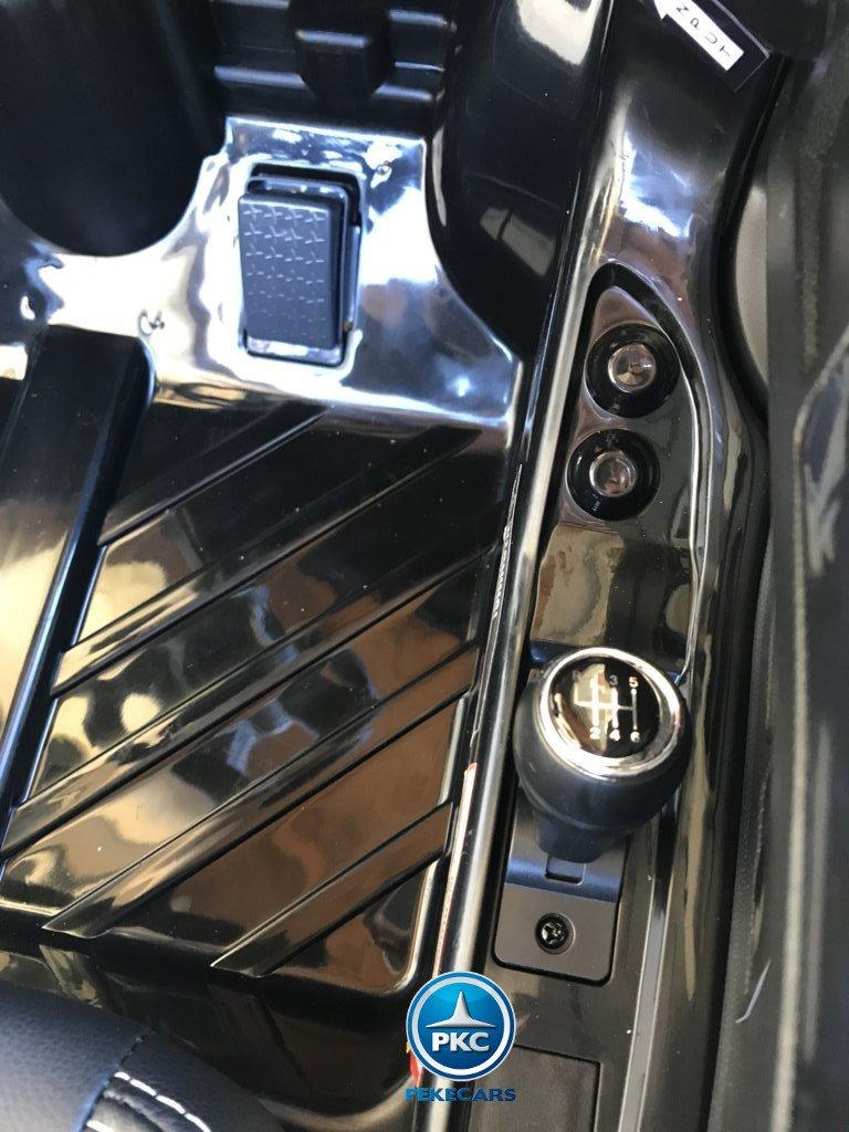 Coche electrico para niños Audi R8 Spyder Negro con radio FM