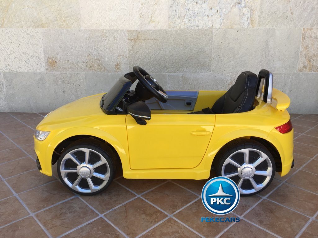 Coche electrico para niños Audi TT Amarillo vista lateral