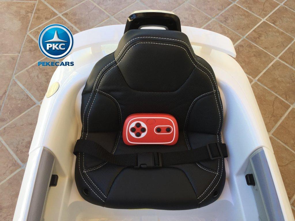 Coche electrico infantil Audi TT Blanco con mando radiocontrol