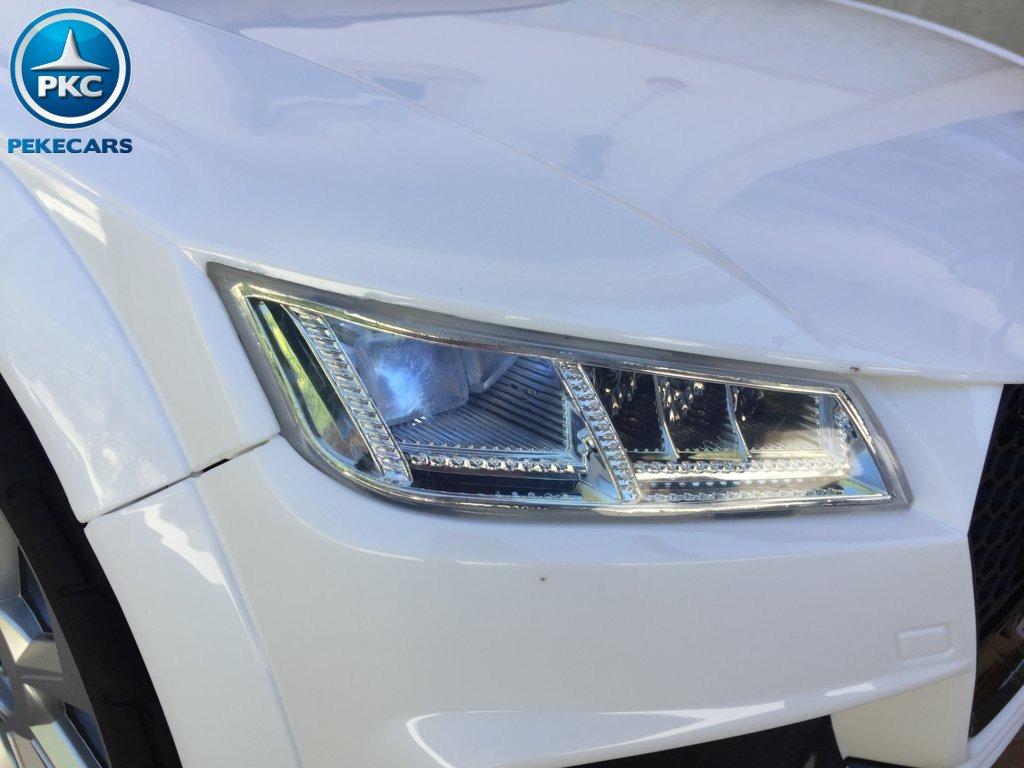 Coche electrico infantil Audi TT Blanco con luces delanteras