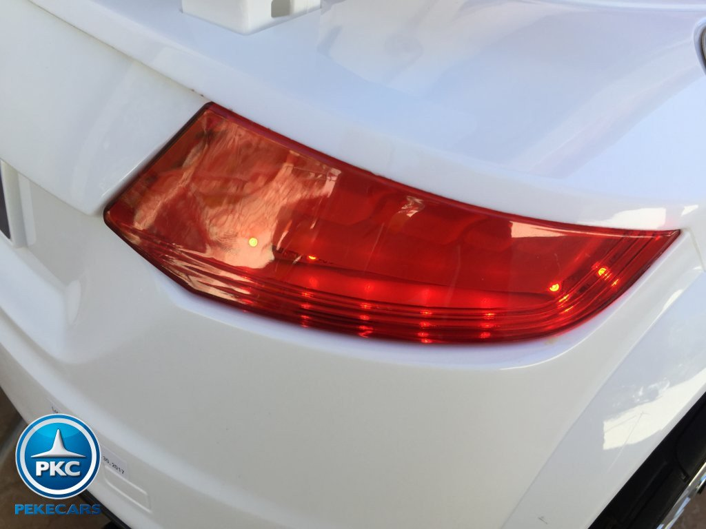 Coche electrico para niños Audi TT Blanco con luces traseras