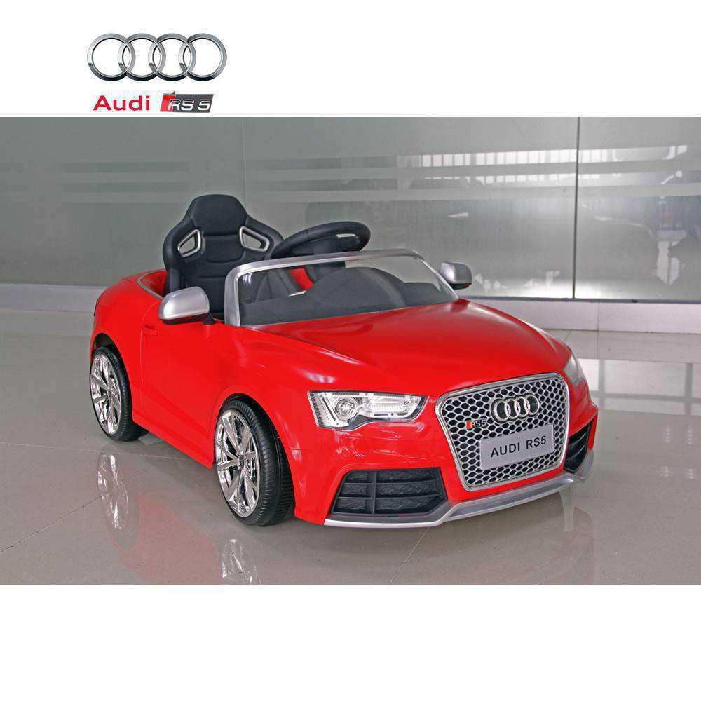 Audi rs5 rojo con control remoto