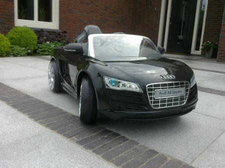 Audi r8 spyder negro