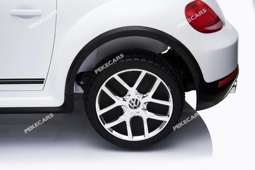 Coche electrico infantil Beetle Dune Blanco con ruedas de caucho antipinchazos