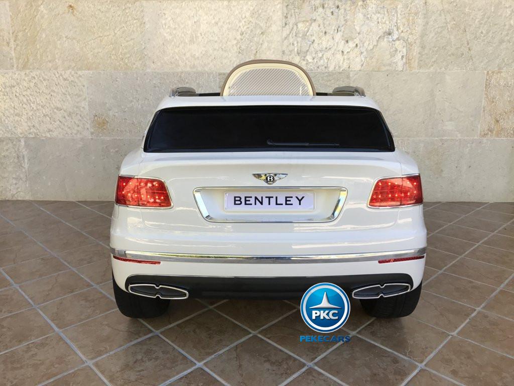 Coche electrico infantil Bentley Bentayga Blanco vista trasera