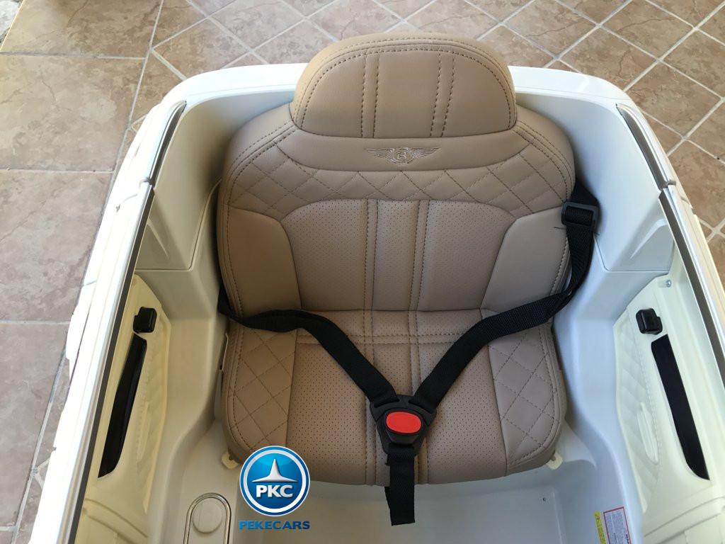 Coche electrico infantil Bentley Bentayga Blanco con asiento acolchado en polipiel