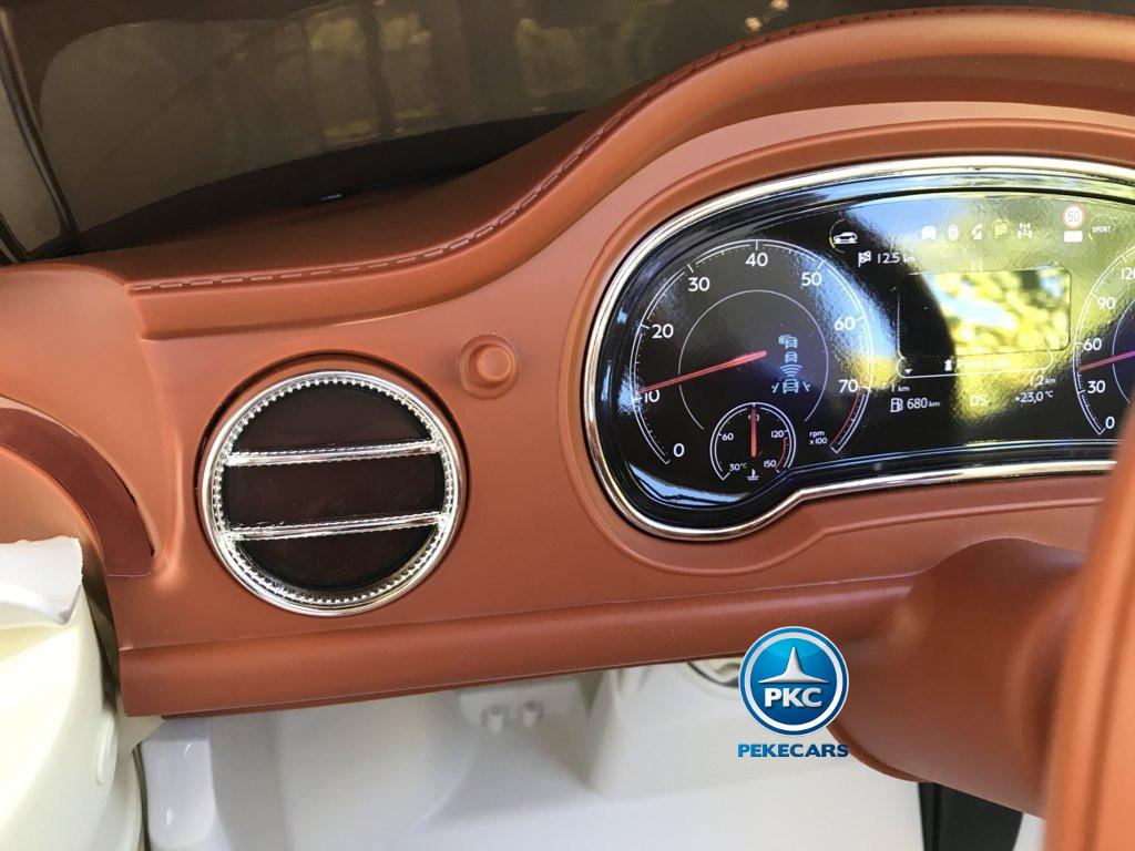 Coche electrico infantil Bentley Bentayga Blanco detallado