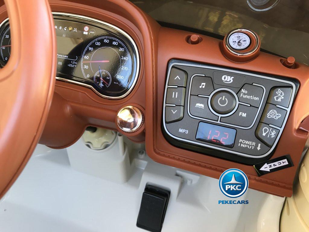 Coche electrico para niños Bentley Bentayga Blanco con radio FM y Bluetooth