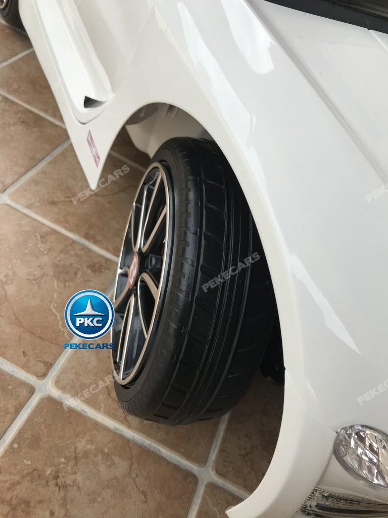 Coche electrico infantil Bentley EXP Blanco ruedas de caucho antipinchazos
