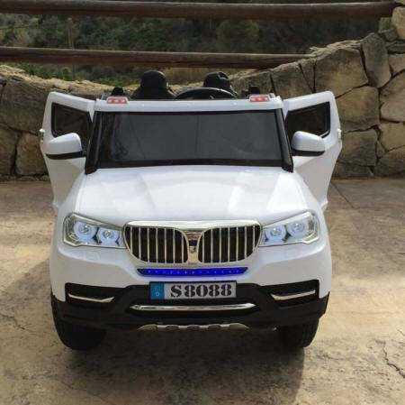 Coche electrico infantil bmw x5 style Blanco con luces LED