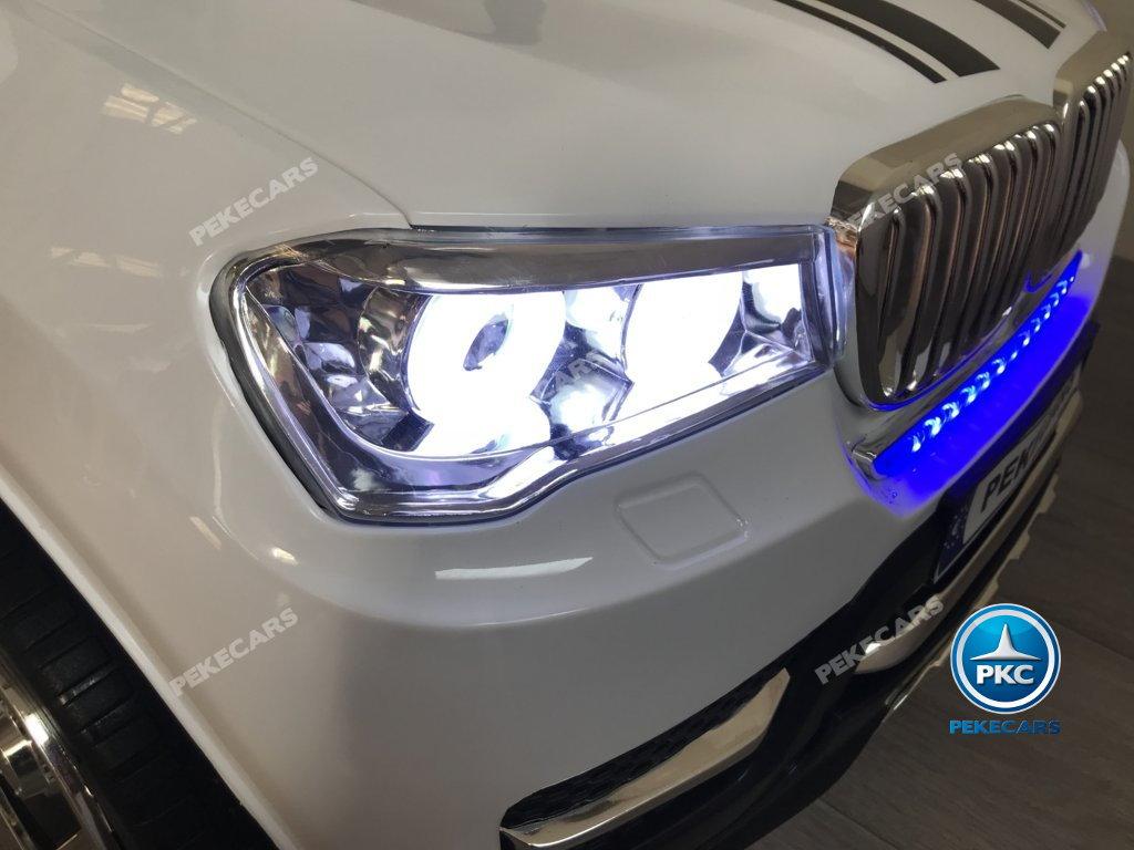 Coche electrico para niños BMW X7 Style 12V Blanco con luces delanteras