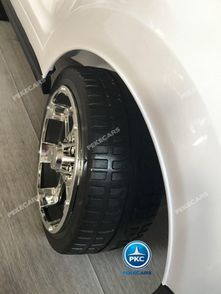 Coche electrico infantil BMW X7 Style 12V Blanco con ruedas de caucho antipinchazos