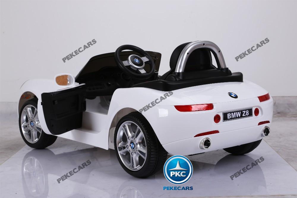 Coche eléctrico infantil BMW Z8 12V Blanco con apertura de puertas