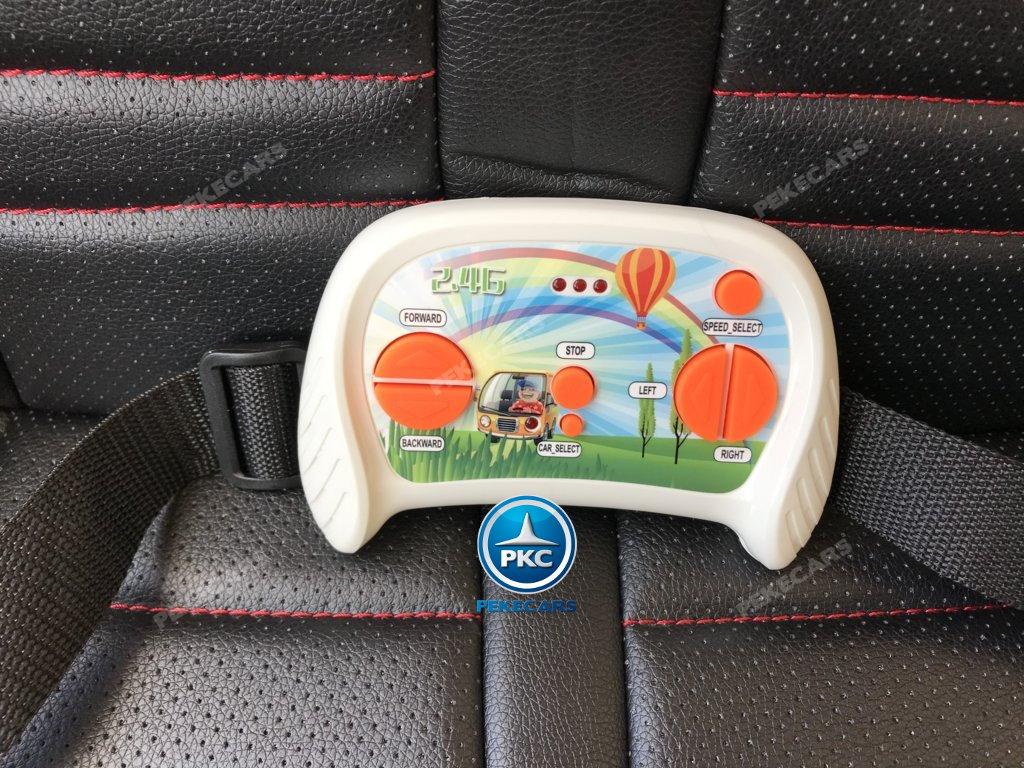 Coche electrico para niños Buggy UTV Rosa salpicadero con conexion MP3 y USB