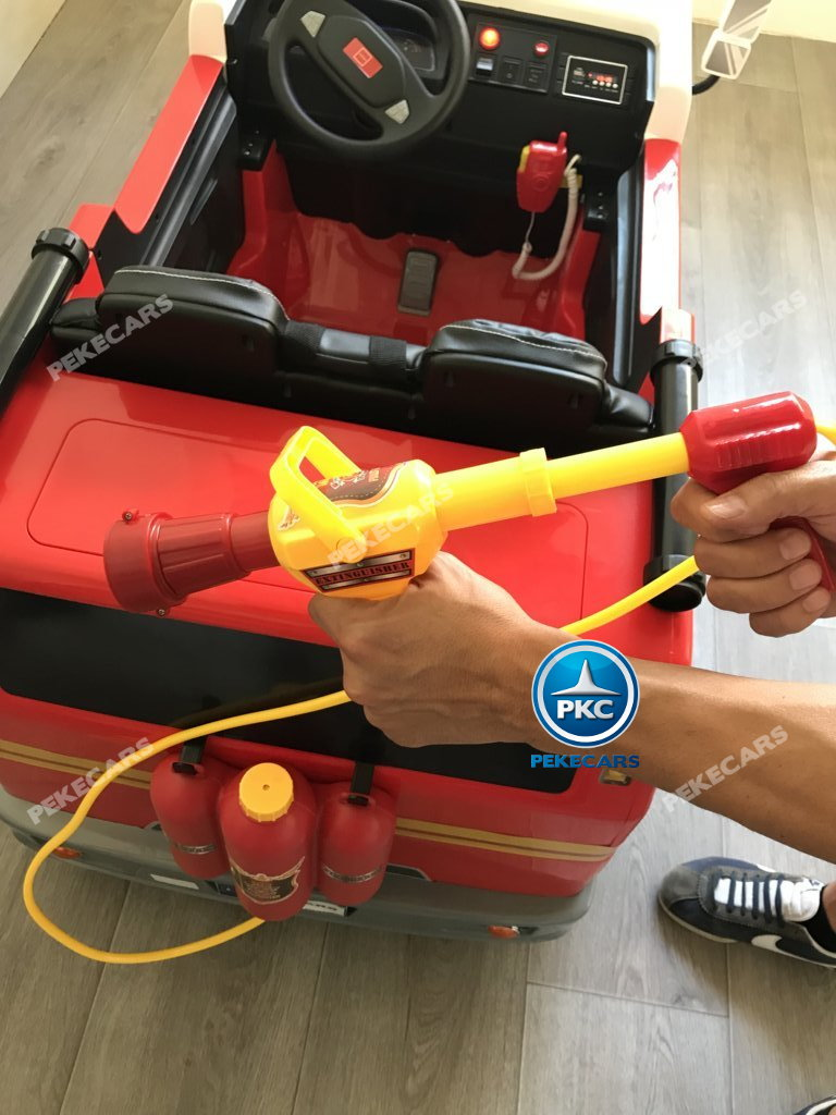 Coche electrico infantil camion de bomberos 12V manguera de agua