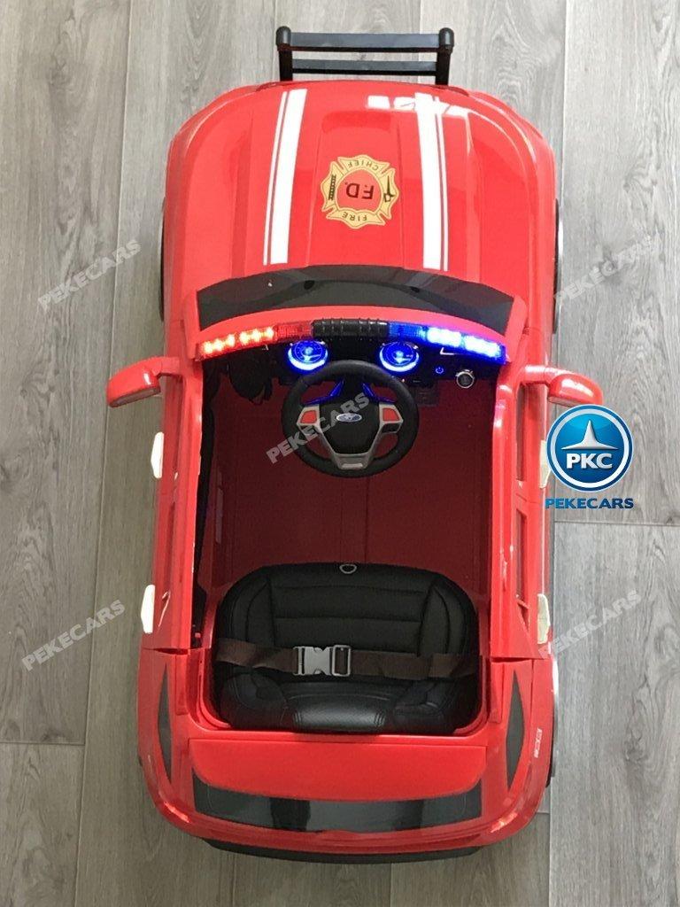 Coche electrico infantil jefe de bomberos 12V rojo detalles del interior