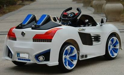 Coche Electrico Pekecars BMW Backtofuture Style - Vista Trasera