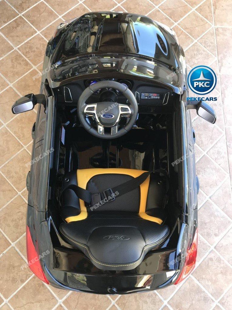 Coche electrico para niños Ford Focus RS Negro detalles del interior