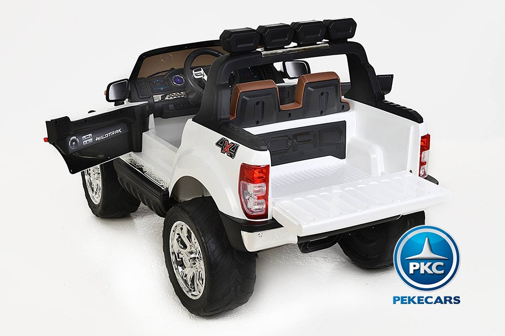 Todoterreno electrico infantil Ford Ranger MP4 Blanco detalles del interior