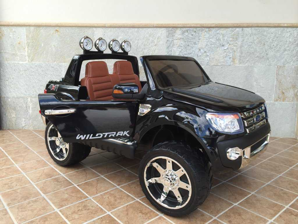 Todoterreno electrico para niños Ford Ranger Negro Metalizado vista frontal