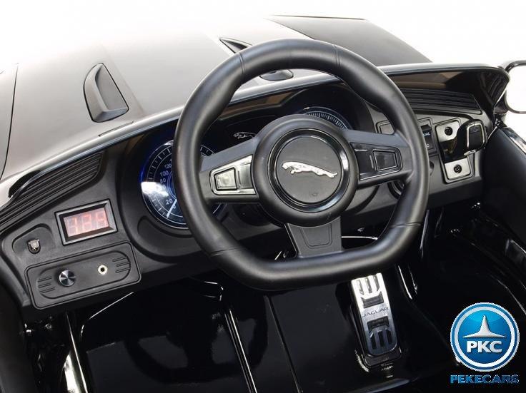 Coche electrico para niños Jaguar F-Type negro metalizado volante con claxon