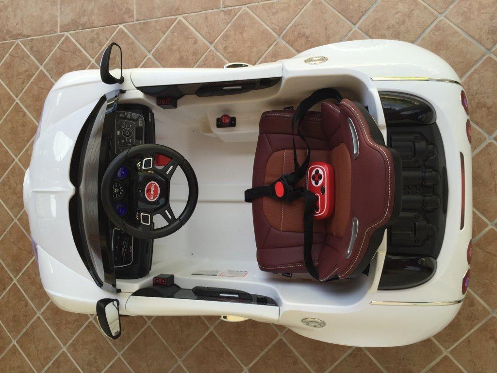 Coche electrico Infantil Bugatti Veyron Style Blanco detalles del interior