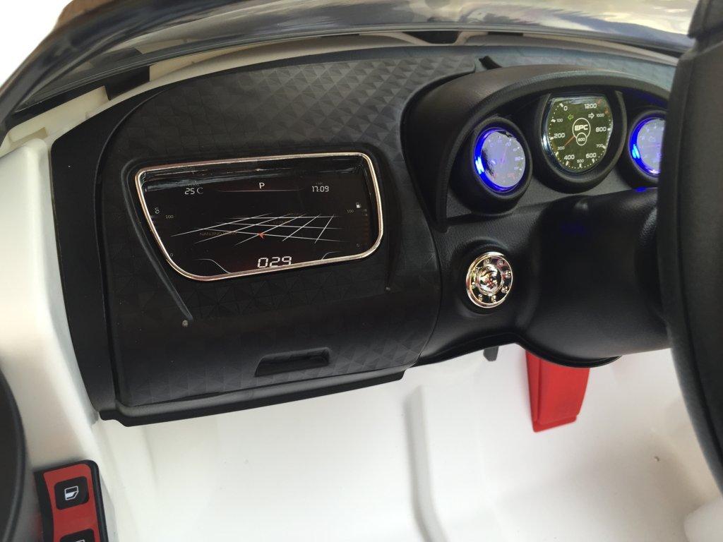 Coche electrico Infantil Bugatti Veyron Style Blanco con salpicadero iluminado