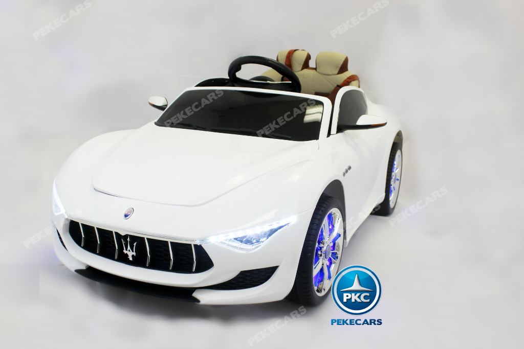 Coche electrico infantil Maserati Alfieri Blanco con Pantalla MP4 con apertura de puertas