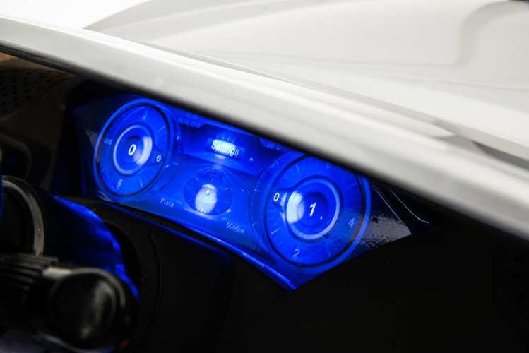 Coche electrico para niños Maserati Alfieri Blanco con Pantalla MP4
