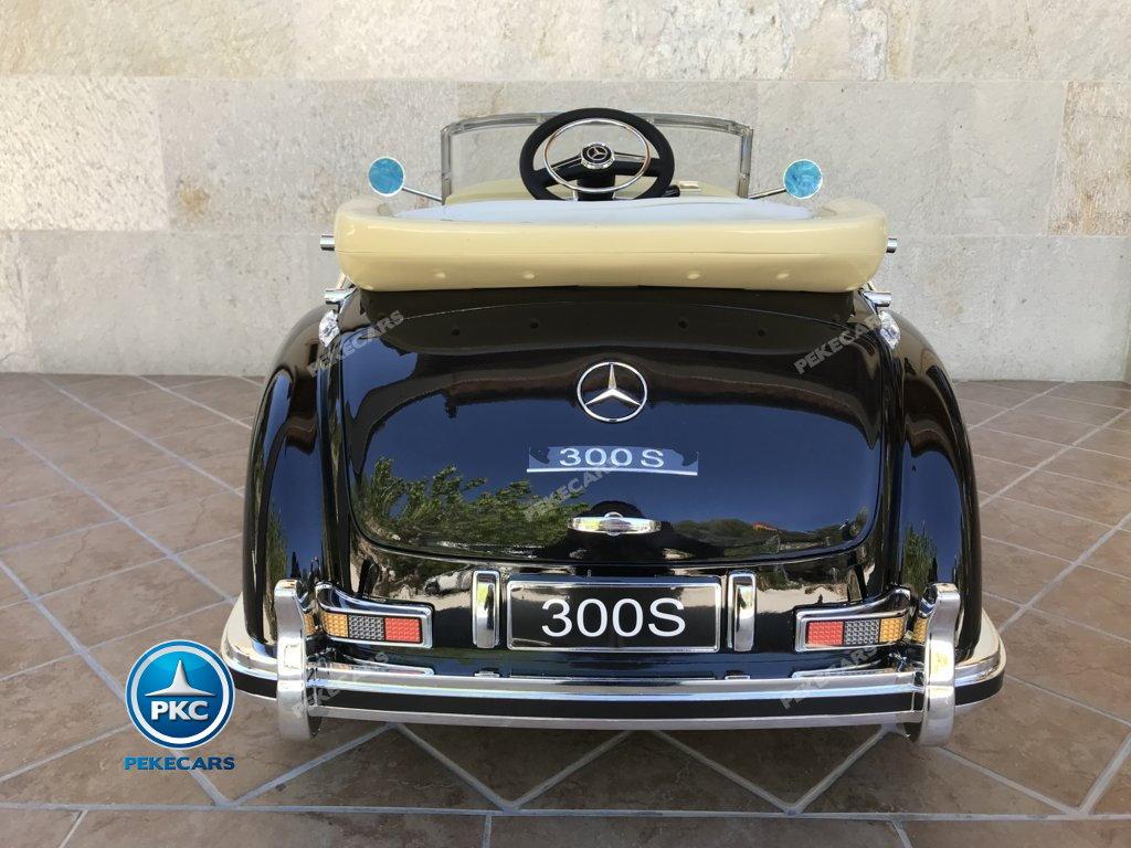 Coche electrico infantil Mercedes Benz 300S Negro vista trasera