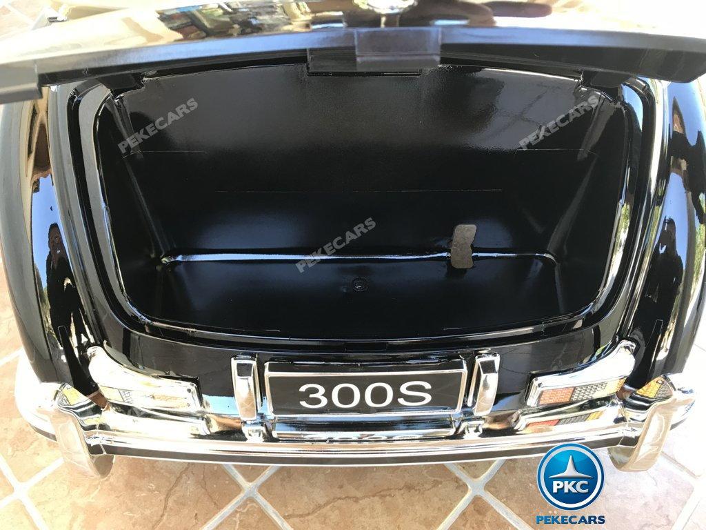 Coche electrico infantil Mercedes Benz 300S Negro con amplio maletero