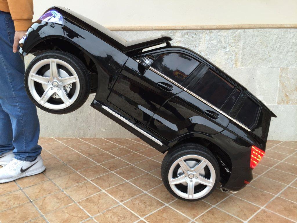 Coche electrico infantil Mercedes GLK-350 Negro Metalizado asa de transporte